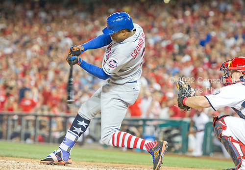 New York Mets center fielder Curtis Granderson (3) homers in the ninth inning to tie the game against the Washington Nationals at Nationals Park in Washington, D.C. on Monday, July 3, 2017.  The Nationals won the game 3 - 2.<br /> Credit: Ron Sachs / CNP<br /> (RESTRICTION: NO New York or New Jersey Newspapers or newspapers within a 75 mile radius of New York City)