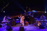Sul Belvedere di Villa Rufolo<br /> Dianne Reeves Quintet<br /> Peter Martin, piano<br /> Romero Lubambo, guitar<br /> Reginald Veal, double bass<br /> Terreon Gully, drums