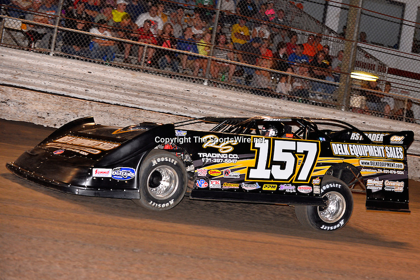 Feb 20, 2014; 7:01:54 PM;  Barberville, FL, USA;  World of Outlaws Late Model Series for 43rd Annual DIRTcar Nationals presented by Summit Racing Equipment at Volusia Speedway Park.  Mandatory Credit: (thesportswire.net)