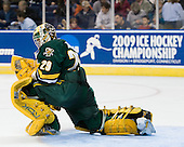 Rob Madore (Vermont - 29) - The University of Vermont Catamounts defeated the Yale University Bulldogs 4-1 in their NCAA East Regional Semi-Final match on Friday, March 27, 2009, at the Bridgeport Arena at Harbor Yard in Bridgeport, Connecticut.