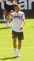 Joshua Kimmich (Deutschland, Germany) - 05.06.2018: Training der Deutschen Nationalmannschaft zur WM-Vorbereitung in der Sportzone Rungg in Eppan/Südtirol