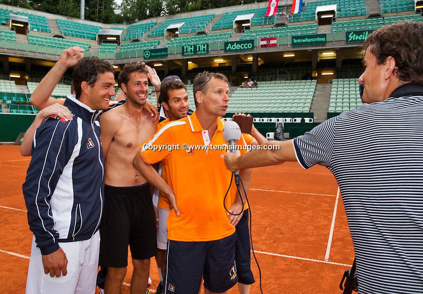 Austria, Kitzbühel, Juli 19, 2015, Tennis,  Davis Cup, The Dutch team celebrates<br /> Photo: Tennisimages/Henk Koster