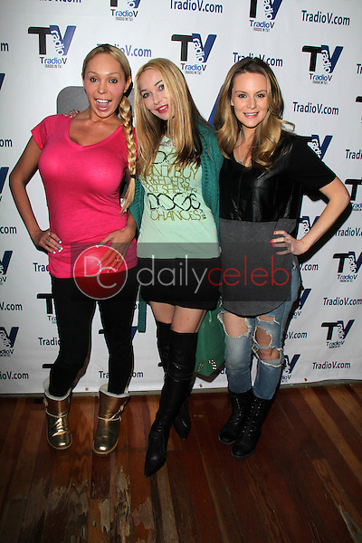 Mary Carey, Lorielle New, Jessica Kinni<br />