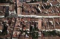 Europe/France/Midi-Pyrénées/32/Gers/Lectoure: Vue aérienne de la Bastide