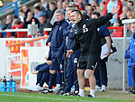 Stirling assistant manager Shaun Fagan gets his team moving