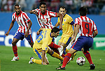 Atletico de Madrid's Cleber Santana against Apoel's Helio Pinto during UEFA Champions League match. September 15, 2009. (ALTERPHOTOS/Alvaro Hernandez).