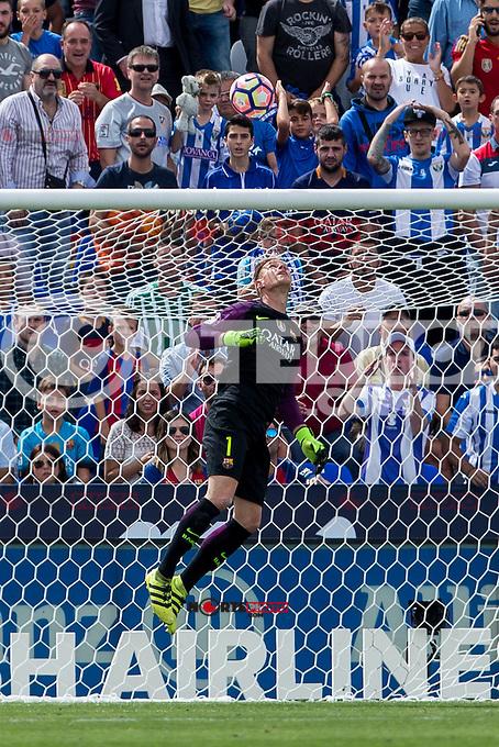 FC Barcelona's Marc-Andre Ter Stegen during the match of La Liga between Club Deportivo Leganes and Futbol Club Barcelona at Butarque Estadium in Leganes. September 17, 2016. (ALTERPHOTOS/Rodrigo Jimenez) /NORTEPHOTO