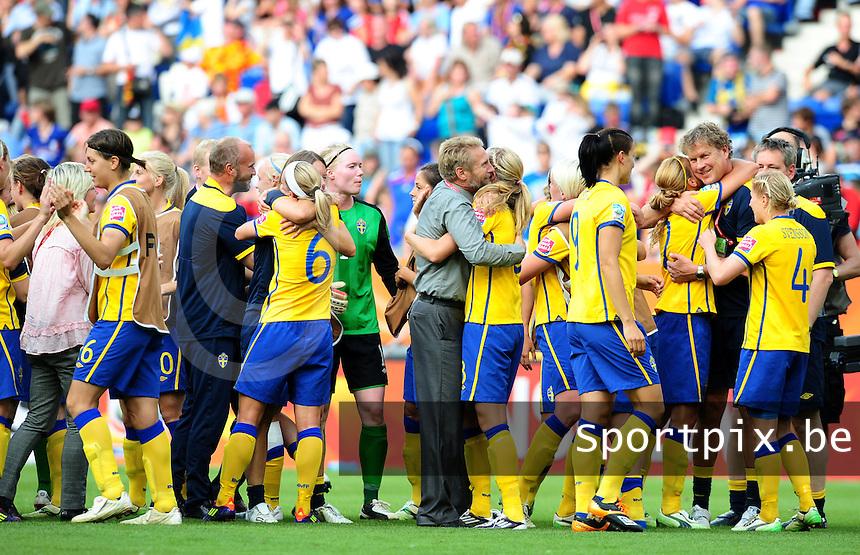 Fifa Women's World Cup Germany 2011 : France - Sweden  at Sinsheim : vreugde bij de Zweedse ploeg .foto DAVID CATRY / Vrouwenteam.be