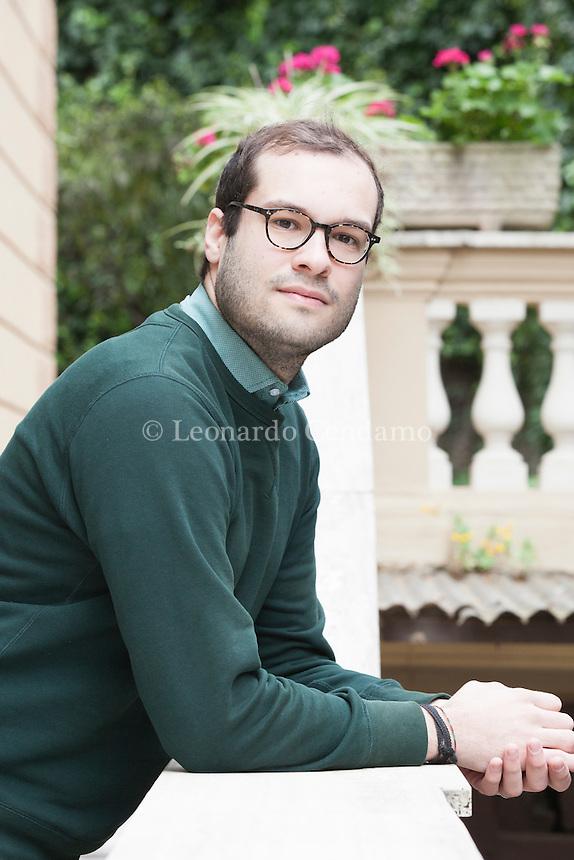 Giorgio Ghiotti, finalista al Campiello Giovani nel 2011 e nel 2012, è nato nel 1994 a Roma, dove ha appena preso la maturità classica al liceo Manara e si è iscritto a Lettere moderne presso l'Università La Sapienza di Roma. Roma, 24 marzo 2016. © Leonardo Cendamo