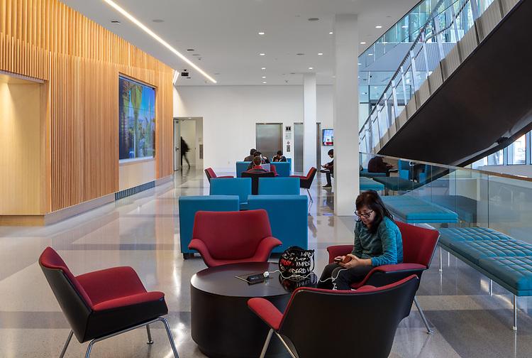 Breazzano Family Center for Business Education | ikon.5