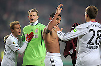 FUSSBALL   DFB POKAL   SAISON 2011/2012   VIERTELFINALE VfB Stuttgart - FC Bayern Muenchen                      08.02.2012 Rafinha, Torwart Manuel Neuer, Luiz Gustavo, Holger Badstuber (v. li., FC Bayern Muenchen)