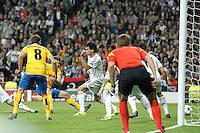Juventus´s Llorente scores a goal during Champions League 2013-14 match in Bernabeu stadium, Madrid. October 23, 2013. (ALTERPHOTOS/Victor Blanco)