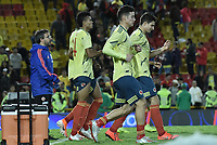 BOGOTA - COLOMBIA, 03-06-2019: Luis Diaz, James Rodriguez y Stefan Medina realizan ejercicios después del partido amistoso entre Colombia y Panamá jugado en el estadio El Campín en Bogotá, Colombia. / Luis Diaz, James Rodriguez and Stefan Medina make an exercises after a friendly match between Colombia and Panama played at Estadio El Campin in Bogota, Colombia. Photo: VizzorImage/ Gabriel Aponte / Staff
