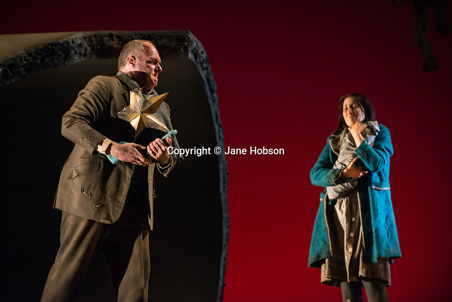 London, UK. 05.03.2013. English Touring Theatre's production of THE SIEGE OF CALAIS by Donizetti, opens at Hackney Empire, prior to touring. Picture shows: Eddie Wade (Eustachio, Mayor of Calais) and Paula Sides (Eleonora). Photo credit: Jane Hobson.