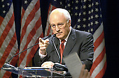 Republican vice-presidential nominee Dick Cheney addresses reporters at a press conference in Washington, DC on November 27, 2000.   Cheney said that Governor George W. Bush (Republican of Texas), declared the winner of the crucial Florida vote that he believes secured him the presidency, would raise private funds to pay for the space and equipment needed for the transition team. <br /> Credit: Ron Sachs / CNP