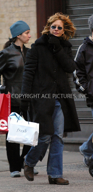 Meg Ryan seen walking and shopping around her neighborhood in SoHo. New York, December 21, 2002. Please byline: Alecsey Boldeskul/NY Photo Press.   ..*PAY-PER-USE*      ....NY Photo Press:  ..phone (646) 267-6913;   ..e-mail: info@nyphotopress.com