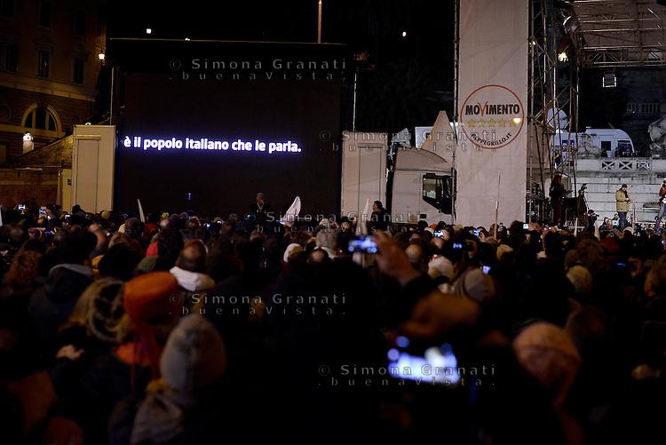 Roma, 24 Gennaio 2015<br /> Piazza del Popolo.<br /> La notte dell'onest&agrave;, manifestazione organizzata dal Movimento 5 stelle contro la curruzione e le mafie.