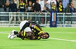 Stockholm 2015-07-16 Fotboll Kval Uefa Europa League  AIK - FC Shirak :  <br /> AIK:s Henok Goitom har ont och dr&ouml;jer sig kvar p&aring; planen efter att ha blivit f&auml;lld utanf&ouml;r straffomr&aring;det under matchen mellan AIK och FC Shirak <br /> (Foto: Kenta J&ouml;nsson) Nyckelord:  AIK Gnaget Tele2 Arena UEFA Europa League Kval Kvalmatch FC Shirak Armenien Armenia skada skadan ont sm&auml;rta injury pain