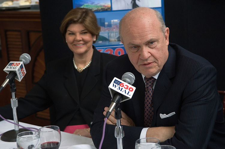 "Ann Compton, ABC News Correspondent.and Fred Thompson, former senator and ""Law & Order"" actor during a ABC News radio  panel discussion/luncheon at B. Smith's Union Station. The topic was ""What Congress & the White House will or will not accomplish in 2007.""."