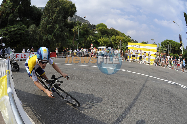 Astana team rider Levi Leipheimer (USA) rounds the hairpin during the Prologue Stage 1 of the 2009 Tour de France a 15.5km individual time trial held around Monaco. 4th July 2009 (Photo by Eoin Clarke/NEWSFILE)
