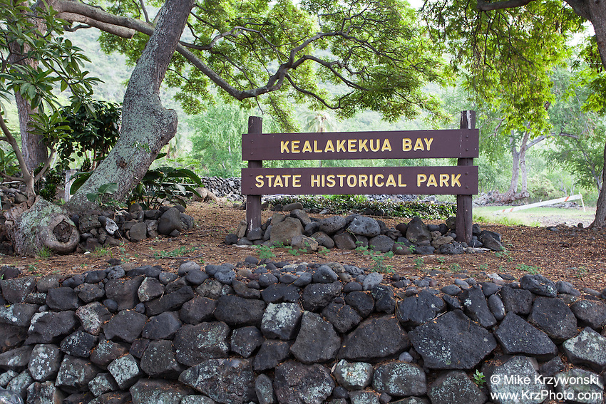 Kealakekua Bay State Historical Park Sign, Big Island, Hawaii
