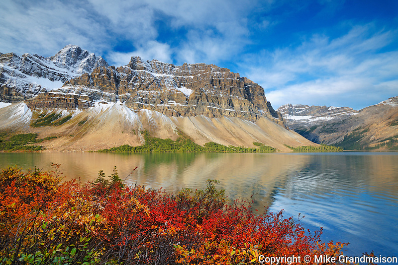 Crowfoot Mountains reflected in Bow Lake. in autumn.  Icefields Parkway. Banff National Park, Alberta