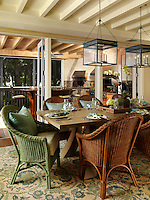 Informal dining - perfect for the beach - wood and wicker mix so well together