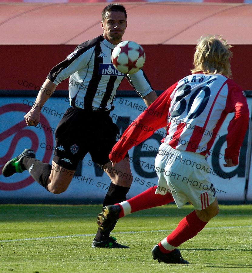 fudbal, derby.CRVENA ZVEZDA-PARTIZAN.Zoran Mirkovic, left and Dusan Basta.BGD, 23.04.2005..FOTO: Srdjan Stevanovic/Starsportphoto.com ©
