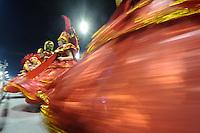 SAO PAULO, SP, 20 DE FEVEREIRO 2012 - CARNAVAL SP - MORRO DA CASA VERDE - Desfile da escola de samba Unidos de Morro da Casa Verde na terceira noite do Carnaval 2012 de São Paulo, no Sambódromo do Anhembi, na zona norte da cidade, neste domingo.(FOTO: LEVI BIANCO  - BRAZIL PHOTO PRESS)