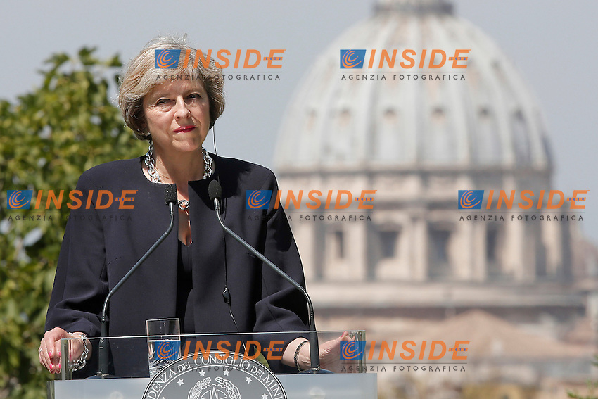Theresa May<br /> Roma 27-07-2016 Villa Pamphilj. Incontro tra il primo ministro italiano e la neo premier Inglese.<br /> Italian Premier meets the new English Prime Minister.<br /> Photo Samantha Zucchi Insidefoto