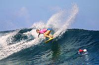 Melanie Redman (AUS) - TEAHUPOO, TAHITI. Photo: Joli