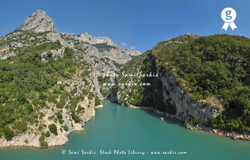 Gorges du Verdon river from Sainte-Croix lake (Licence this image exclusively with Getty: http://www.gettyimages.com/detail/93187611 )