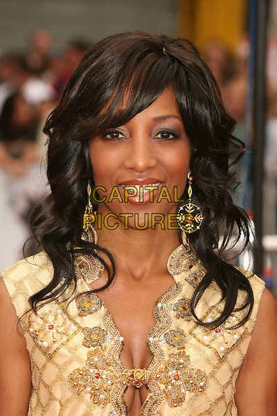 "SHAUN ROBINSON.""Ocean's Thirteen"" Los Angeles Premiere at Grauman's Chinese Theatre, Hollywood, California, USA..June 5th, 2007.headshot portrait dangling earrings gold.CAP/ADM/BP.©Byron Purvis/AdMedia/Capital Pictures"