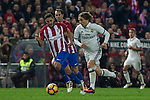 Atletico de Madrid's Koke Resurrecccion and Real Madrid's Luka Modric  during the match of La Liga between Atletico de Madrid and Real Madrid at Vicente Calderon Stadium  in Madrid , Spain. November 19, 2016. (ALTERPHOTOS/Rodrigo Jimenez)