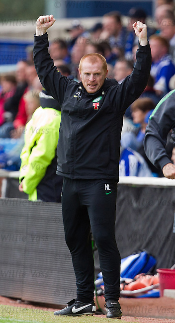 Neil Lennon punches the air at the end