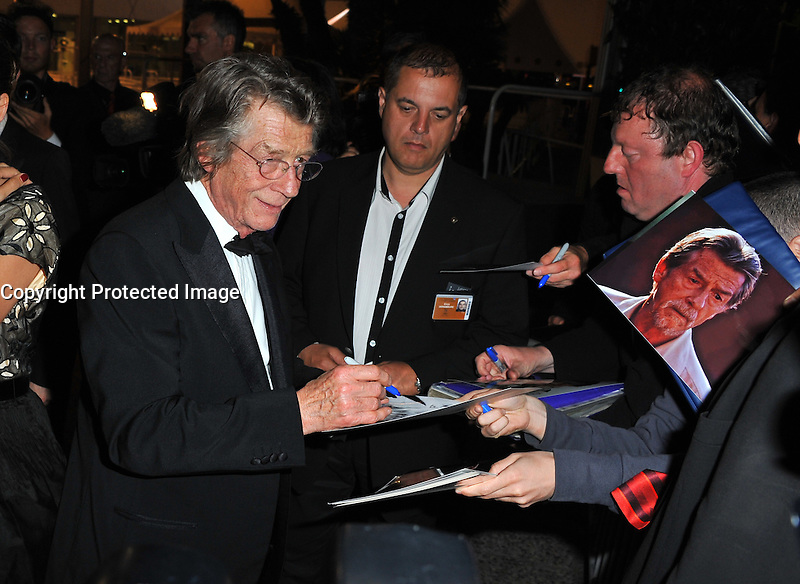 JOHN HURT - 64EME FESTIVAL DE CANNES 2011 - RED CARPET 'MELANCHOLIA'