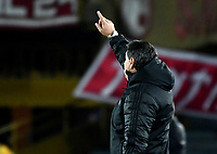 BOGOTA - COLOMBIA - 21 - 03 - 2018: Jorge da Silva, técnico de America de Cali, durante partido aplazado de la fecha 3 entre Independiente Santa Fe y America de Cali, por la Liga Aguila I 2018, en el estadio Nemesio Camacho El Campin de la ciudad de Bogota. / Jorge da Silva, coach of America de Cali, during a posponed match of the 3rd date between Independiente Santa Fe and America de Cali, for the Liga Aguila I 2018 at the Nemesio Camacho El Campin Stadium in Bogota city, Photo: VizzorImage / Luis Ramirez / Staff.