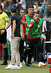 12.08.2018, Commerzbank - Arena, Frankfurt, GER, Supercup, Eintracht Frankfurt vs FC Bayern M&uuml;nchen , <br />DFL REGULATIONS PROHIBIT ANY USE OF PHOTOGRAPHS AS IMAGE SEQUENCES AND/OR QUASI-VIDEO.<br />im Bild<br />Ante Rebic (Frankfurt) begr&uuml;sst Trainer Niko Kovac (M&uuml;nchen)<br /> <br /> Foto &copy; nordphoto / Bratic