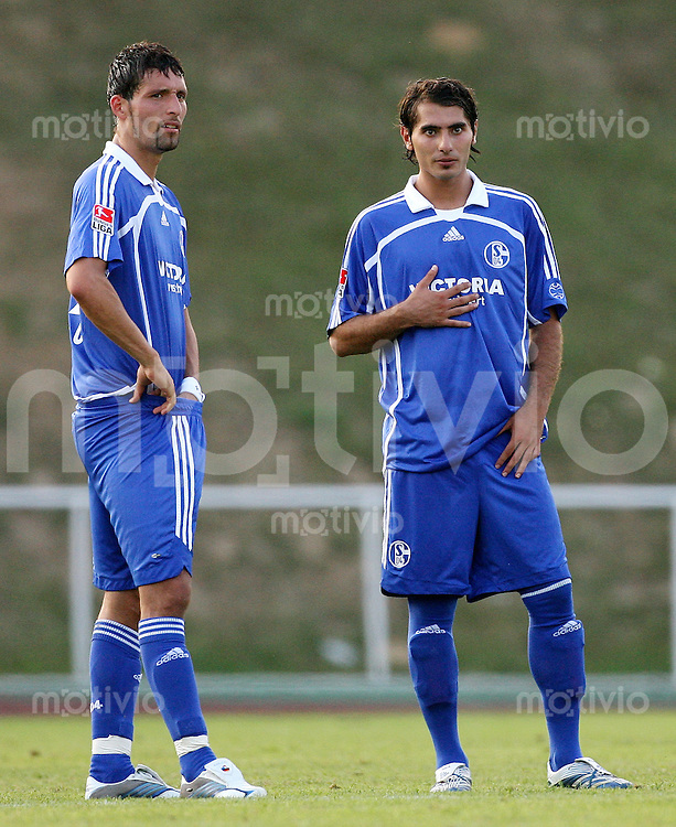 Fussball  1. Bundesliga  Saison 2006/2007 Kevin KURANYI (li) und Halil ALTINTOP (re, beide Schalke 04)