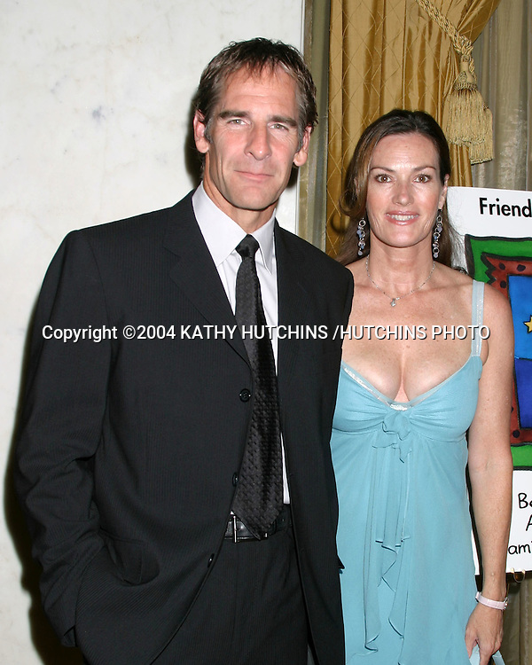 ©2004 KATHY HUTCHINS /HUTCHINS PHOTO.FRIENDS OF THE FAMILY 2004 GALA.BEVERLY WILSHIRE HOTEL.BEVERLY HILLS, CA.JUNE 4, 2004..SCOTT BAKULA .CHESLEA FIELDS