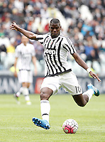 Calcio, Serie A: Juventus vs Carpi. Torino, Juventus Stadium, 1 maggio 2016.<br /> Juventus' Paul Pogba kicks the ball during the Italian Serie A football match between Juventus and Carpi at Turin's Juventus Stadium, 1 May 2016.<br /> UPDATE IMAGES PRESS/Isabella Bonotto