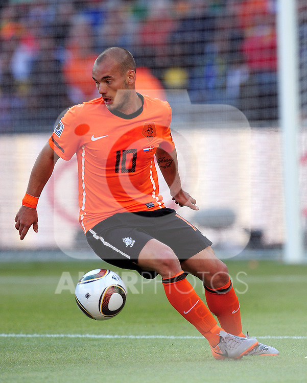 10 Wesley SNEIJDER during the 2010 World Cup Soccer match between Denmark and Nederland played at Soccer City Stadium in Johannesburg South Africa on 14 June 2010.