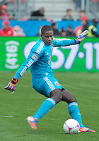 06 October 2012: D.C. United goalkeeper Bill Hamid #28 in action during an MLS game between D.C. United and Toronto FC at BMO Field in Toronto, Ontario..D.C. United won 1-0..