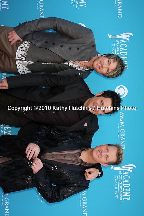 Rascal Flatts.at the Academy Of Country Music Awards 2010.MGM Grand Arena.Las Vegas, NV.April 18, 2010.©2010 Kathy Hutchins / Hutchins Photo....