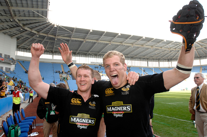 Photo: Richard Lane..Northampton Saints v London Wasps. Heineken Cup, Semi Final. 22/04/2007. .Wasps' Tom Rees (lt) and James Haskell celebrate victory.