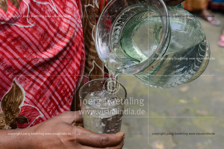 BANGLADESH, District Tangail, Kalihati, village Southpara, drinking water / Trinkwasser im Glas
