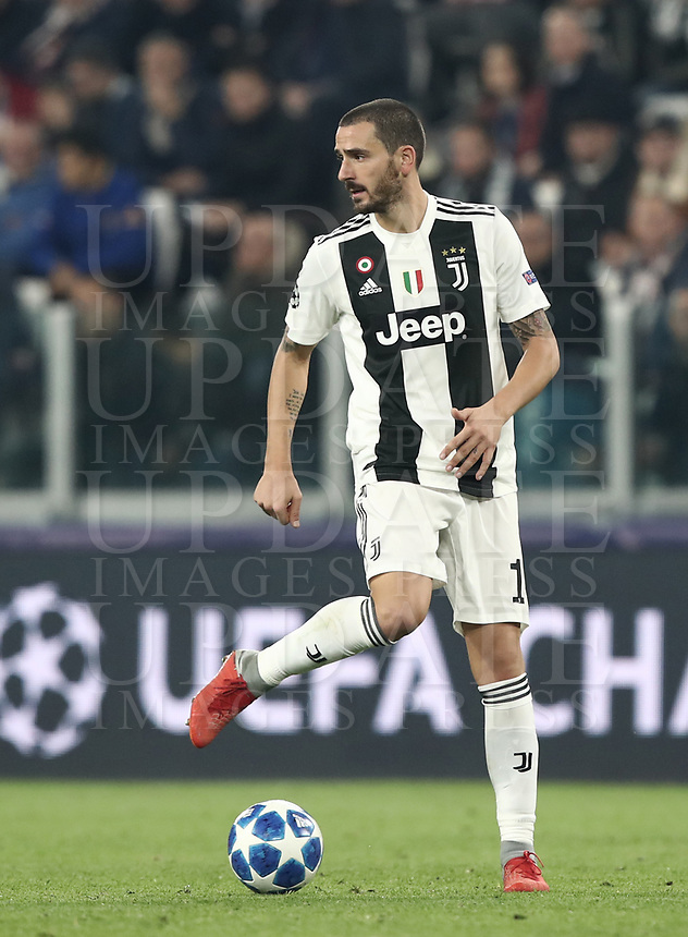 Football Soccer: UEFA Champions League -Group Stage-  Group H - Juventus vs Manchester United, Allianz Stadium. Turin, Italy, November 07, 2018.<br /> Juventus' Leonardo Bonucci in action during the Uefa Champions League football soccer match between Juventus and Manchester United at Allianz Stadium in Turin, November 07, 2018.<br /> UPDATE IMAGES PRESS