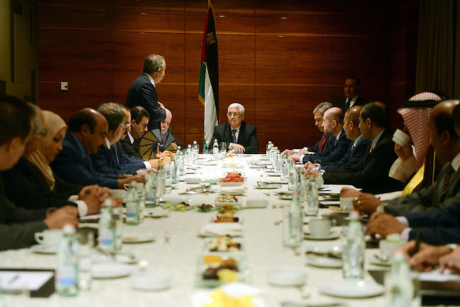 Palestinian President Mahmoud Abbas meets with Arab ambassadors in Moscow, Russia, September 23, 2015. Photo by Thaer Ganaim