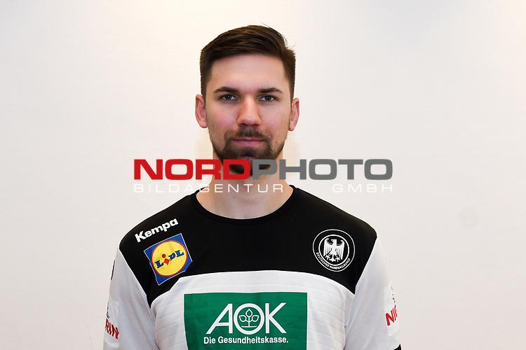 03.01.2019,  GER; Handball, IHF Handball-WM 2019 in Deutschland und Daenemark, Nationalmannschaft Deutschland. Fototermin, im Bild Fabian Wiede (GER #10) Foto © nordphoto / Witke