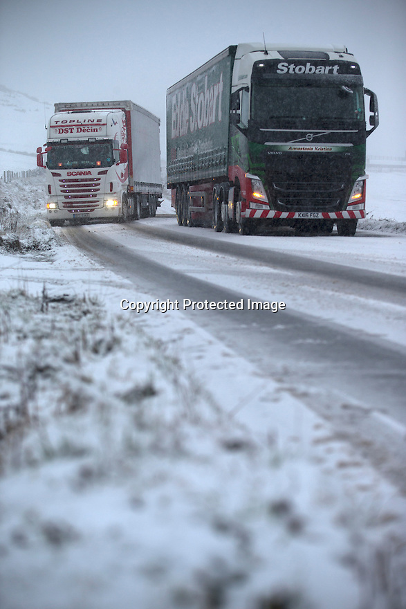 12/01/17<br />  <br /> Cars and lorries struggle to make it up the A53 Axe Edge preparing to spend the night in their cabs, in the Staffordshire Peak District between Buxton and Leek<br /> <br /> All Rights Reserved F Stop Press Ltd. (0)1773 550665   www.fstoppress.com